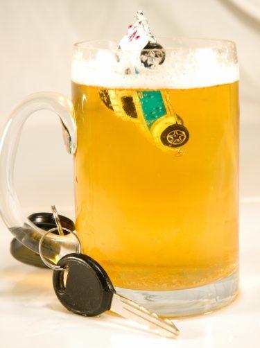「酔っ払い運転」って英語で何て言う?